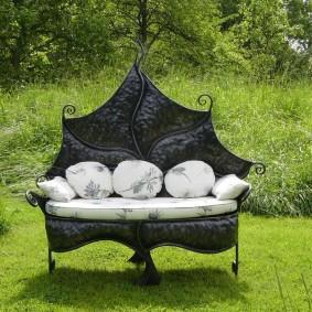 кованые скамейки для сада идеи декора