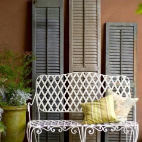 кованые скамейки для сада виды фото