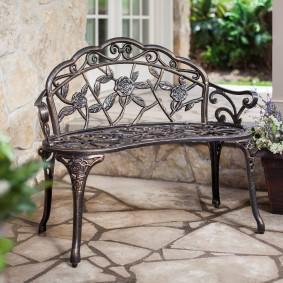 кованые скамейки для сада дизайн фото