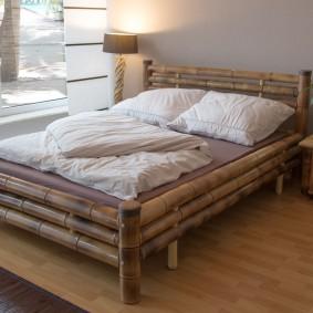 кровать для спальни виды