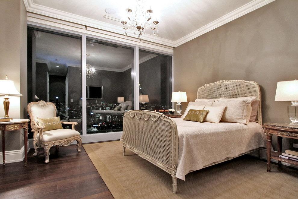 кровать в спальне дизайн фото