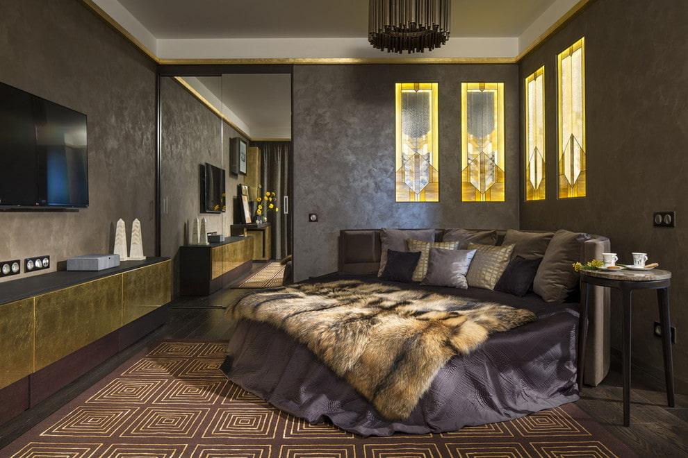 кровать в спальне круглая