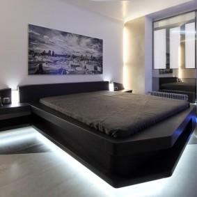 кровать в спальне хай тек