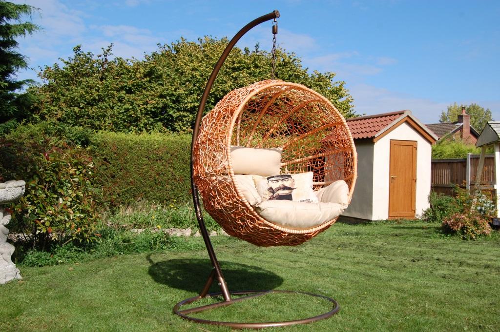 круглые кресла из ротанга
