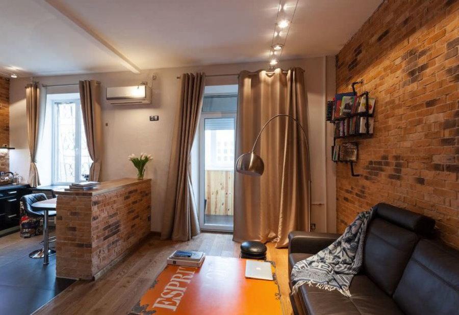 Зона отдыха квартиры-студии в стиле лофта