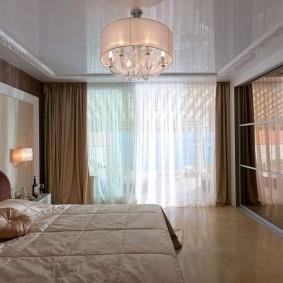 люстра под натяжной потолок в спальне декор идеи
