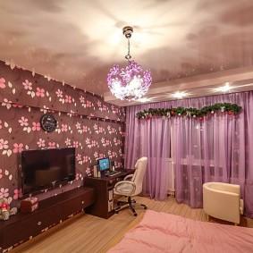 люстра под натяжной потолок в спальне интерьер
