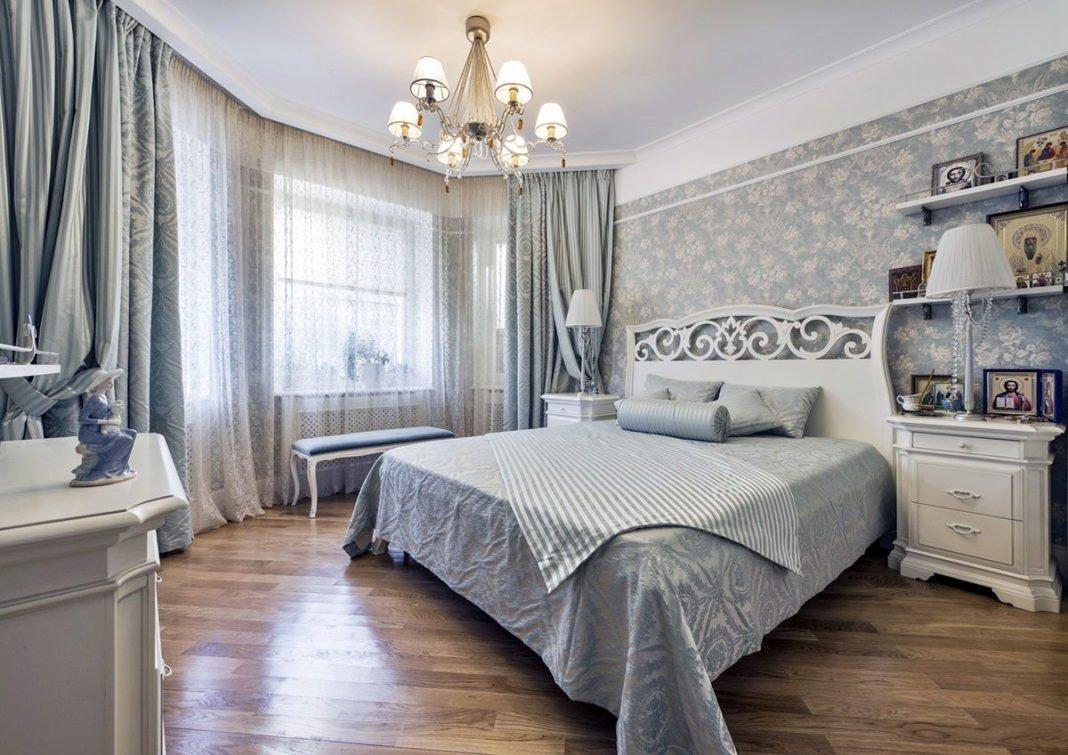 люстры для натяжных потолков в спальне варианты