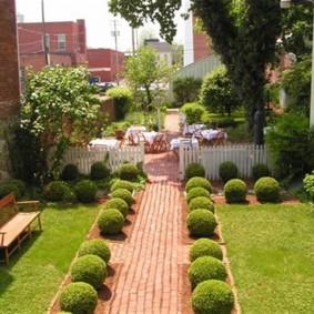 обустройство маленького сада фото