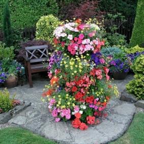 обустройство маленького сада варианты