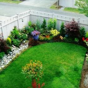 обустройство маленького сада фото виды