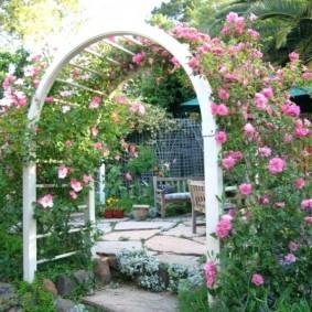 обустройство маленького сада виды оформления