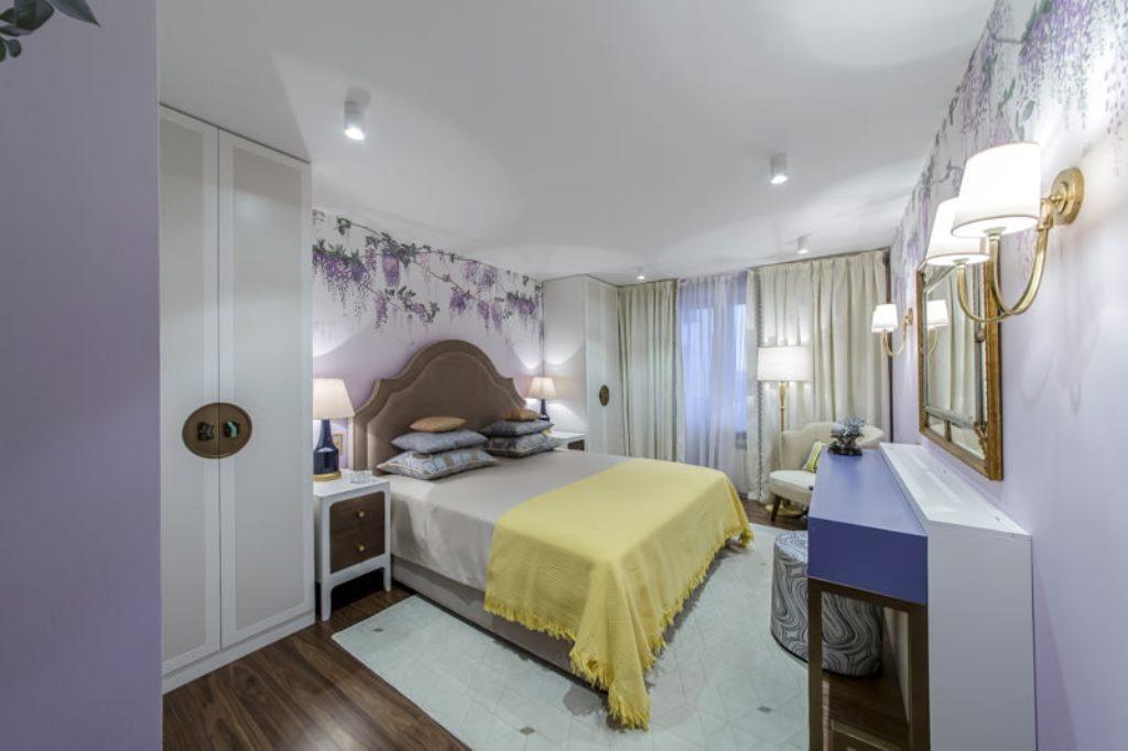 освещение в спальне с натяжным потолком фото оформление