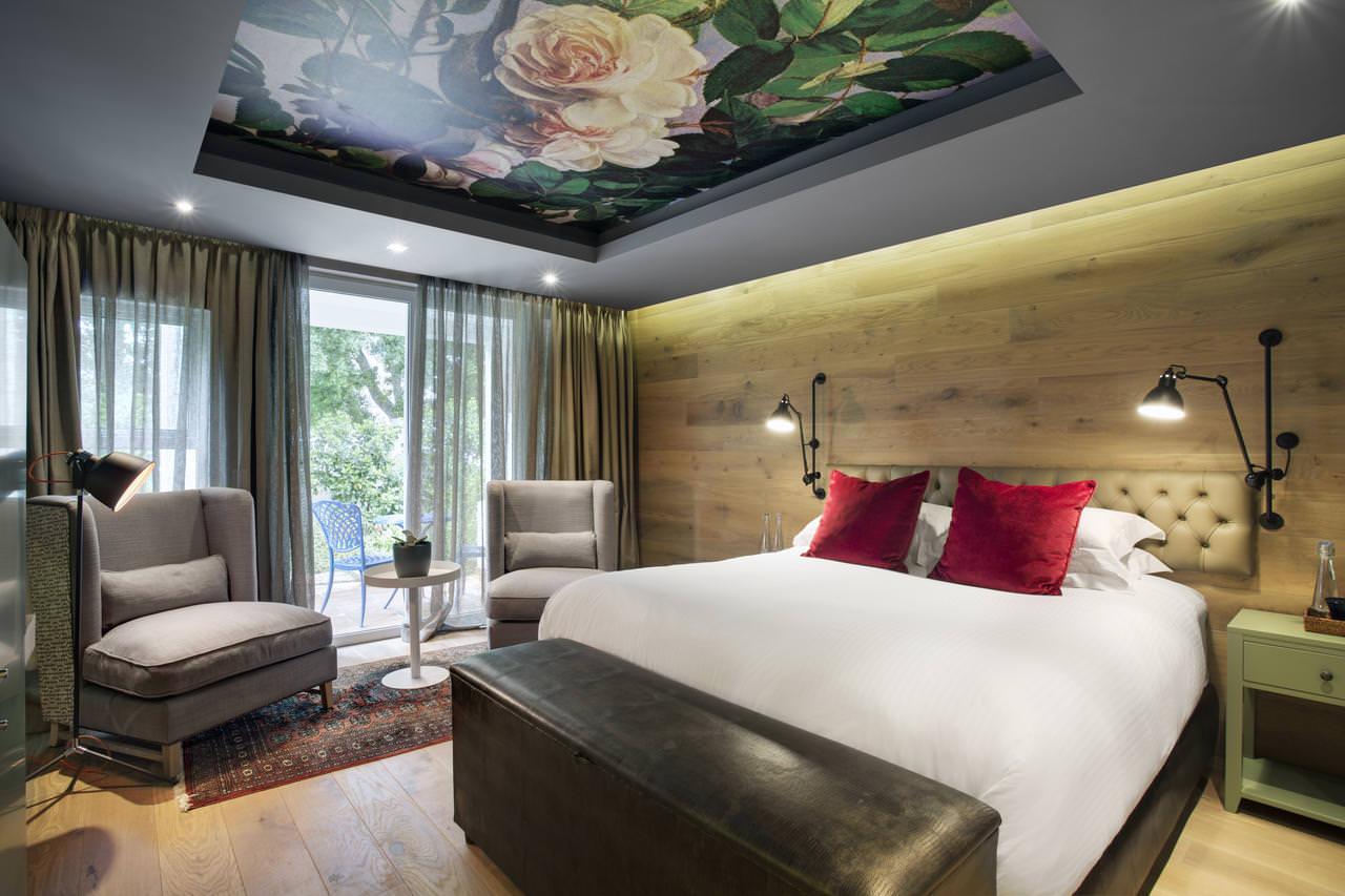 освещение в спальне с натяжным потолком идеи декора