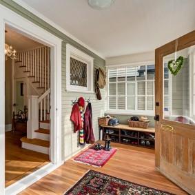 отделка стен прихожей в частном доме идеи дизайн