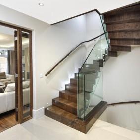 прихожая с лестницей в частном доме варианты идеи