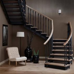 прихожая с лестницей в частном доме виды оформления