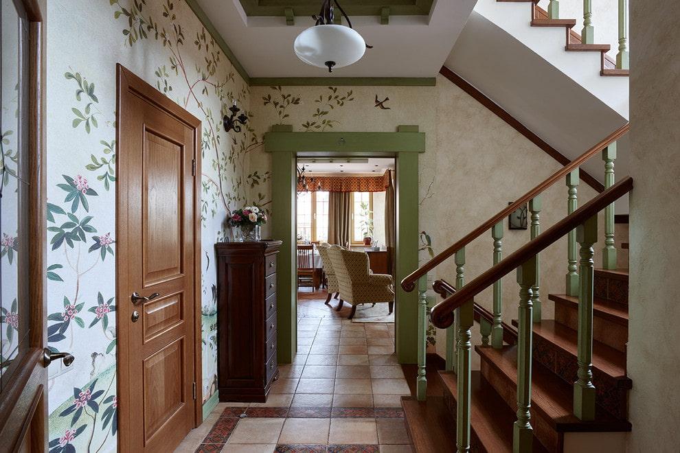 прихожая в частном доме с лестницей прованс