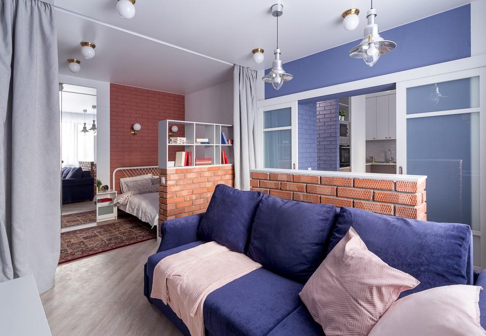 Разделение шторами пространства однокомнатной квартиры