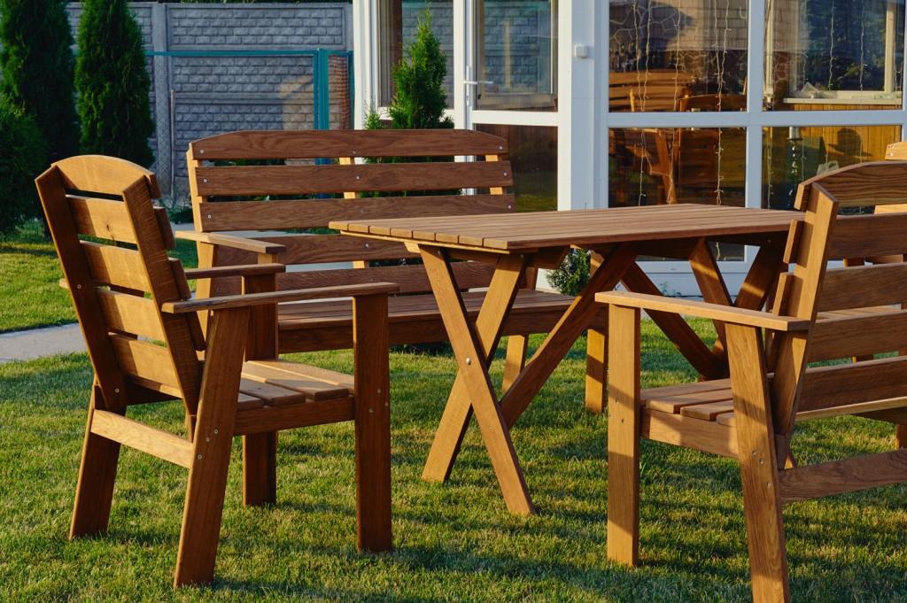 садовая мебель из массива