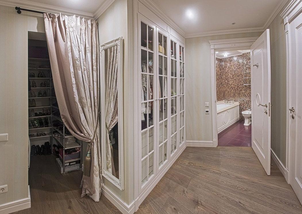штора на дверной проем