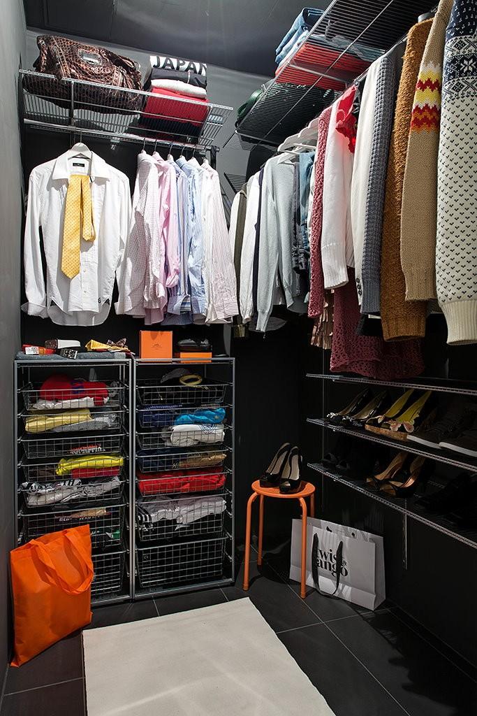 Металлический гардероб угловой конфигурации