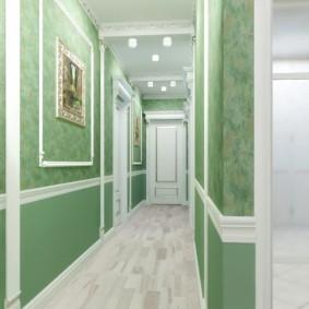 Модные обои зеленого цвета в коридоре