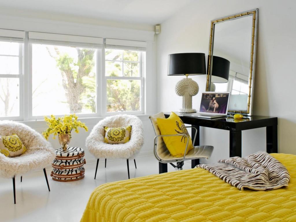 Желтые акценты в дизайне спальной комнаты