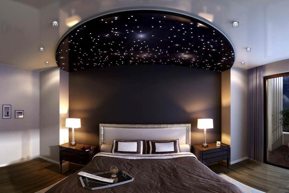 Потолок в спальню с эффектом ночного неба