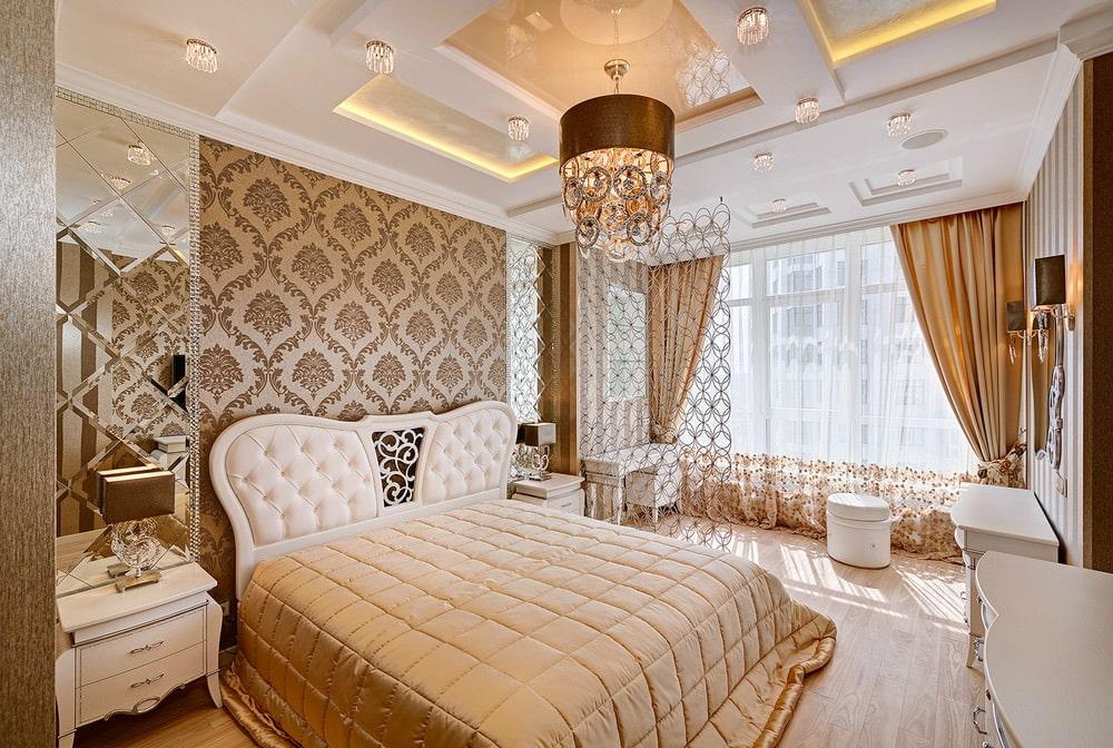 Декор обоями стены над кроватью в спальне