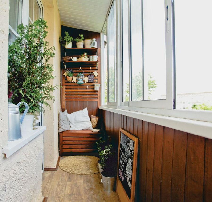 Остекление балкона раздвижной системой без выноса