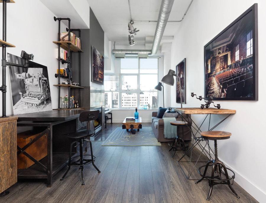 Меблировка белой комнаты в индустриальном стиле
