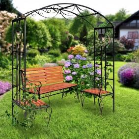 Садовая мебель из кованного металла