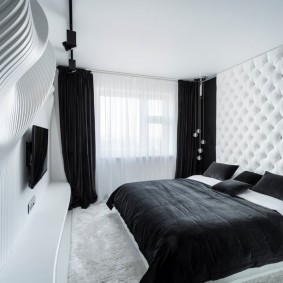 Современная спальня в квартире панельного дома