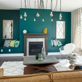 Декорирование комнаты с бирюзовыми стенами