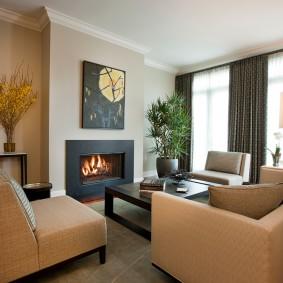 Бежевая мебель в гостевой комнате