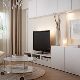 Современная мебель с гладкими фасадами