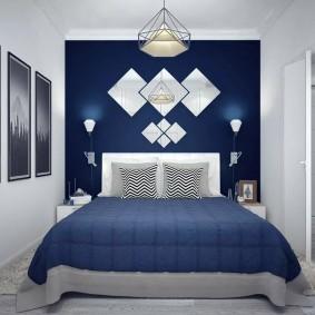 Синий цвет в интерьере небольшой спальни