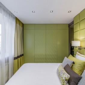 Минималистический интерьер спальной комнаты