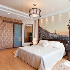 Интерьер спальни с многоуровневым потолком