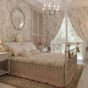 Цветочный текстиль в декорировании спальни