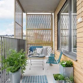 Оформление интерьера открытого балкона