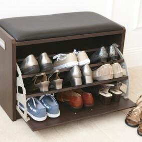 Мини-обувница с мягким сидением