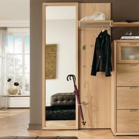 Комплект мебели в прихожую с обувницей закрытого типа