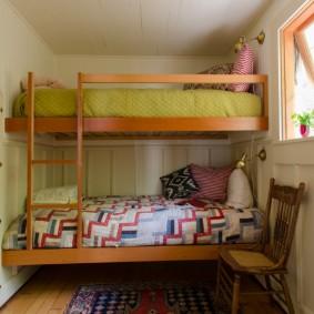 Детская кровать в загородном доме