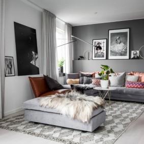 Интерьер гостиной комнаты в пастельных тонах
