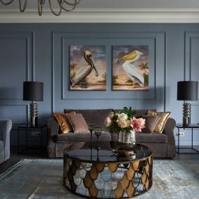 Декор картинами гостиной в частном дома