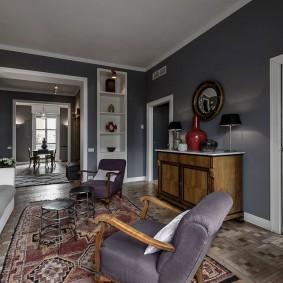 Проходная гостиная в современном стиле