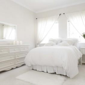 Белая комната площадью 15 кв метров