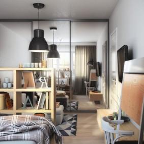 Небольшой стеллаж в однокомнатной квартире